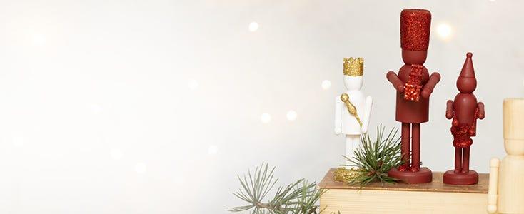 Weihnachtsdeko mit Nussknacker