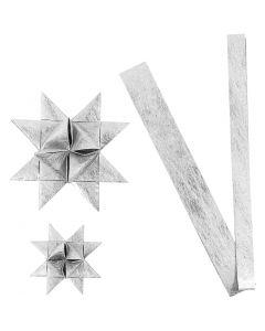Papierstreifen für Flechtsterne, L: 44+78 cm, D: 6,5+11,5 cm, B: 15+25 mm, Silber, 32 Streifen/ 1 Pck.