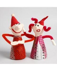 Weihnachtswichtel aus Styroporkegeln mit Decoupage und Silk Clay