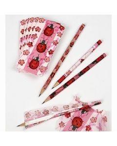Papiertaschentücher um Bleistifte
