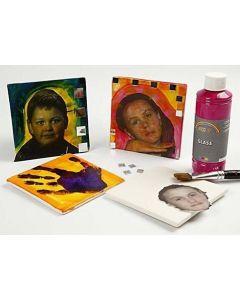 Kinderbilder auf Terrakotta-Kacheln