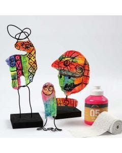Skulptur aus Gipsbandagen