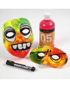 Kunststoffmaske,verziert mit Neonfarben und Moosgummi