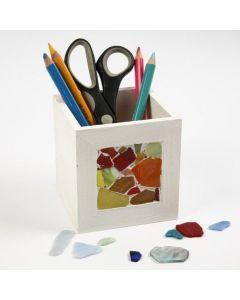 Mosaik-Deko auf einer Stiftbox