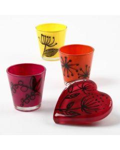 Glas, verziert mit Glass Transparent Keramik-Farbe