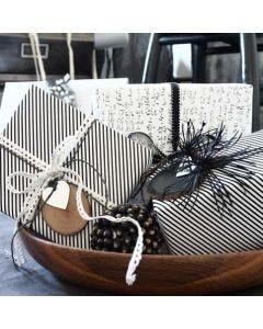 "Geschenkverpackung mit Vivi Gade Design-Papier ""Paris"""