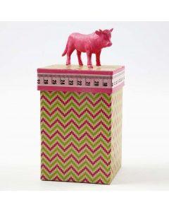 Schachtel mit Design-Papier, Motiv-Klebeband und Deko-Deckel