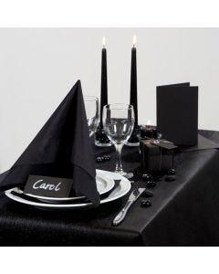 Inspiration für das Fest mit schwarzem Tischtuch und Tischschmuck