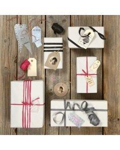 Unterschiedlich gestaltete Geschenkanhänger