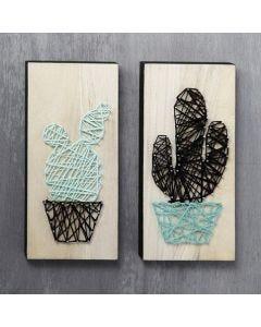Fadenkunst: Kaktus auf Holzplatte