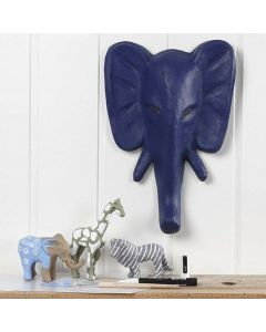 Bemalte und mit Markern verzierte wilde Tiere