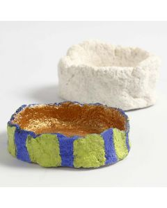 Kleine Schale aus Pappmaché-Paste