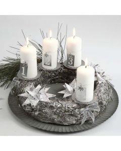 Adventkranz in Silber