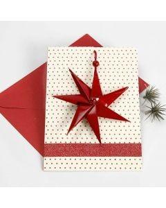 Weihnachtskarte mit siebenstrahligem Stern an einer Baumwollkordel