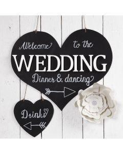 Willkommens-Schild für eine Party, bemalt mit Tafellack