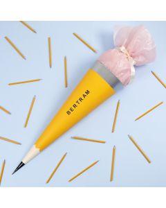 Schultüte im Bleistift-Dekor - gestaltet und verziert mit Malfarbe und Marker