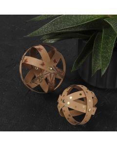 Kugel-Anhänger aus Streifen von Kunstlederpapier