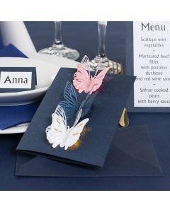 Einladung, verziert mit ausgestanzten Schmetterlingen und Dekofolie