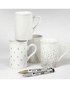 Porzellanbecher mit verschiedenen Motiven