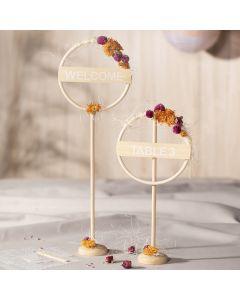 Tischdeko mit Bambusring, Sisalfaser und Trockenblumen