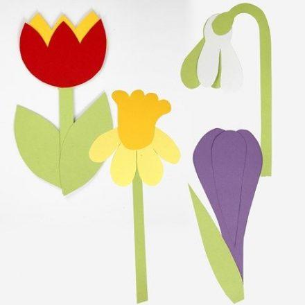 Blumen aus Farbkarton