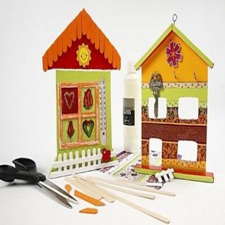 Thermometer-Haus und Schlüsselkasten