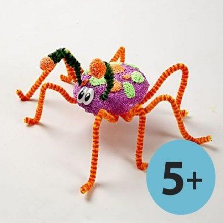 Gigantische Insekten aus Foam Clay und Pfeifenreinigern