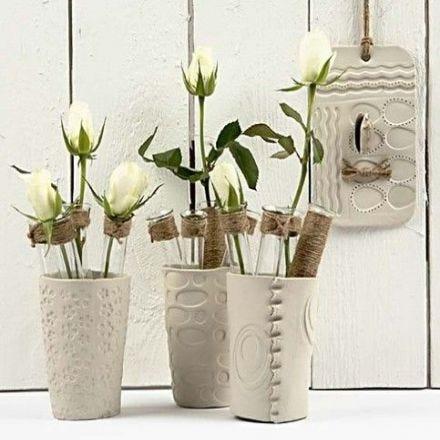 Vasen aus lufttrocknendem Ton