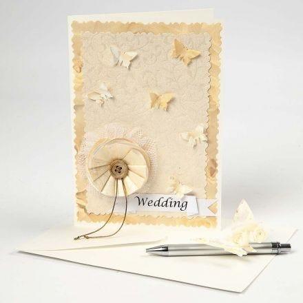 Hochzeitseinladung in Creme-Schattierungen