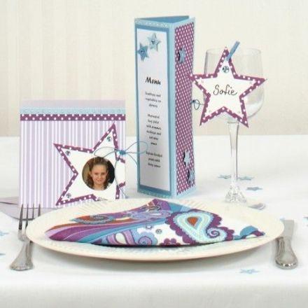 Einladungs- und Menükarte mit Punkten und Sternen