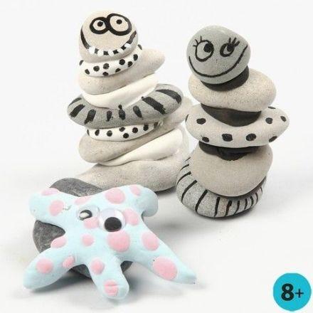 Figuren, gebastelt aus Steinen und Silk Clay