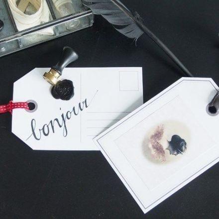 Große Geschenkeaufhänger mit Lacksiegel, Stickern und Band