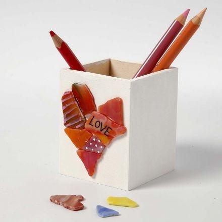 Stiftbox aus Holz mit Glasmosaik-Deko