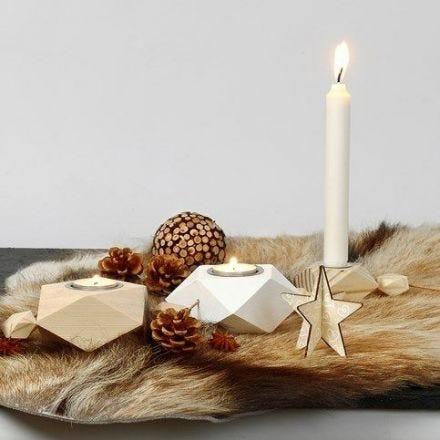 Wohnaccessories aus Holz, bemalt und dekoriert mit Drucken