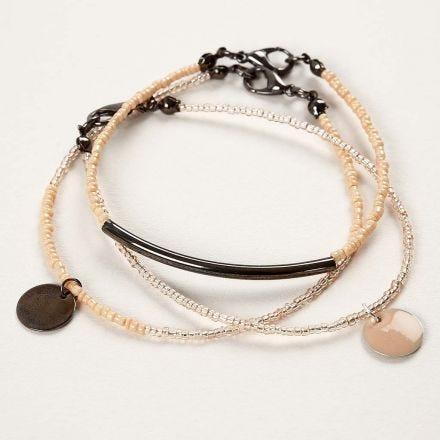 Armbänder aus Rocaille-Perlen mit Anhänger