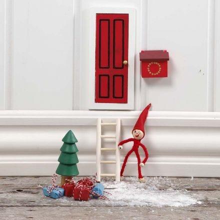 Eine Wichtel-Tür als Dezember-Märchen
