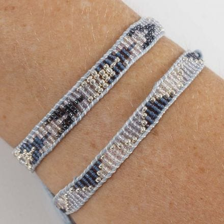 Flechtarmband mit Rocaille Seed Beads