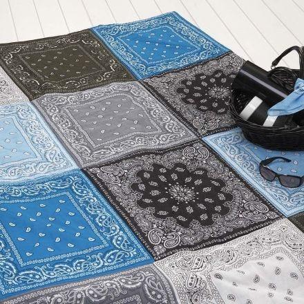 Quilt-Decke aus Bandana-Tüchern