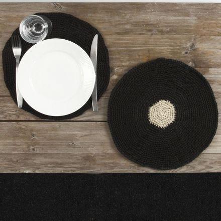 Gehäkeltes Tischset aus Naturhanf-Garn