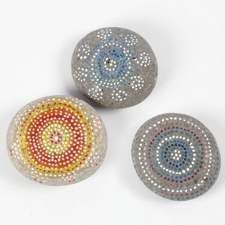 Steine mit Skrib Markern verzieren