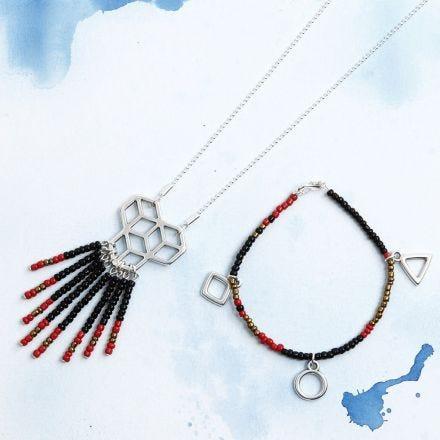 Armband und passende Halskette mit Rocaille Seed Beads und Anhänger