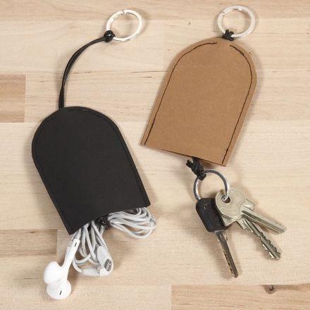 Etuis aus Leder-Imitat für Schlüssel und Kopfhörer
