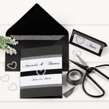 Hochzeitseinladung in Schwarz mit Schmuckband