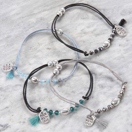 Armband mit facettierten Perlen und Metallperlen