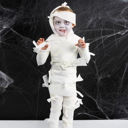 Eine Mumie als Halloween-Kostüm