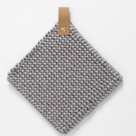 Topflappen aus Baumwoll-Schlauchgarn