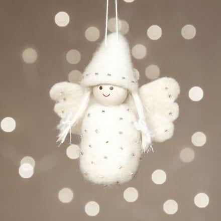 Nadelgefilzter Engel aus kardierter Wolle auf einem Styropor-Ei