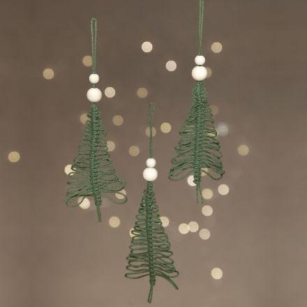 Weihnachtsbaum zum Aufhängen, gefertigt in Makramé-Technik