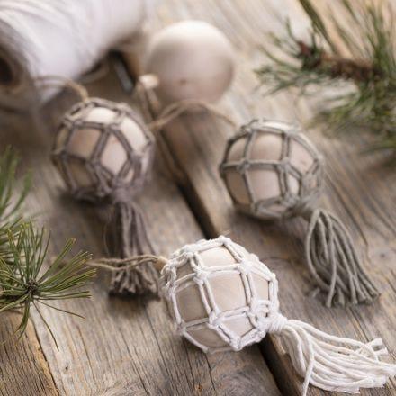 Macramé-Weihnachtsbaumkugel