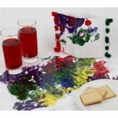 Mit Fingerfarben der Fantasie freien Lauf lassen